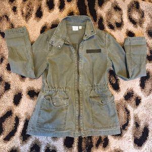BP utility jacket with adjustable waist
